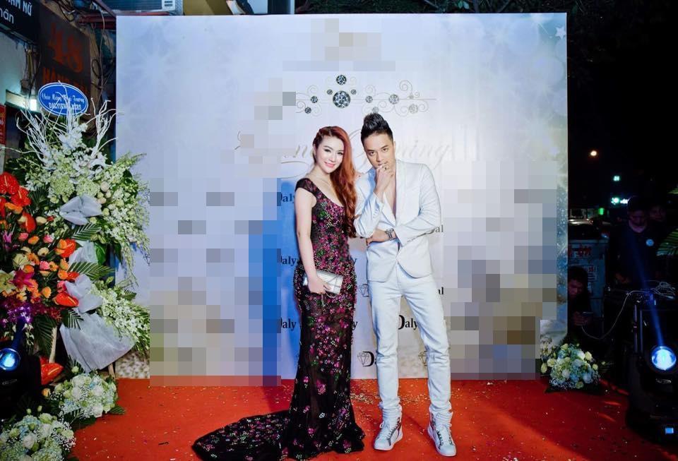 Nam ca sĩ Cao Thái Sơn chết lặng khi bạn gái hotgirl qua đời ở tuổi 26 vì ung thư-4