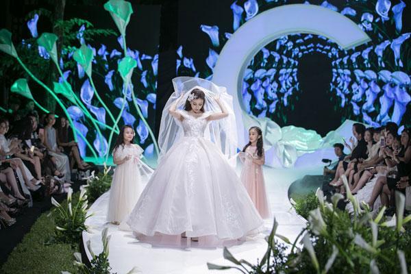 Mãn nhãn với show váy cưới của NTK Phương Linh-9