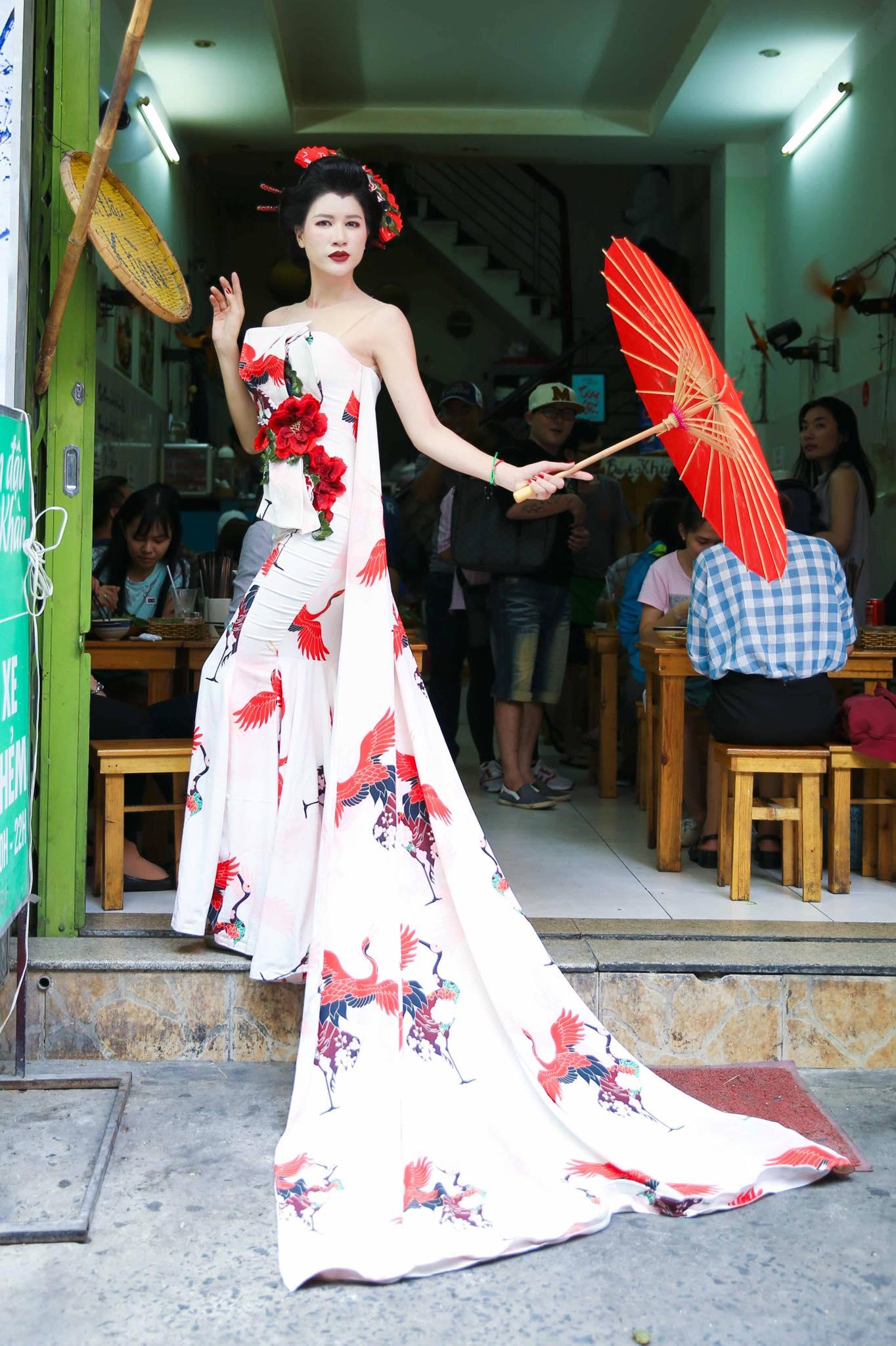 Tin sao Việt 31/10: Hóa thân thành Geisha bún đậu, Trang Trần hot nhất ngày Halloween-1