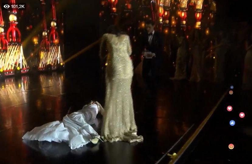 Được xướng tên cho ngôi hoa hậu, mỹ nữ Paraguay lăn đùng bất tỉnh nhân sự-2