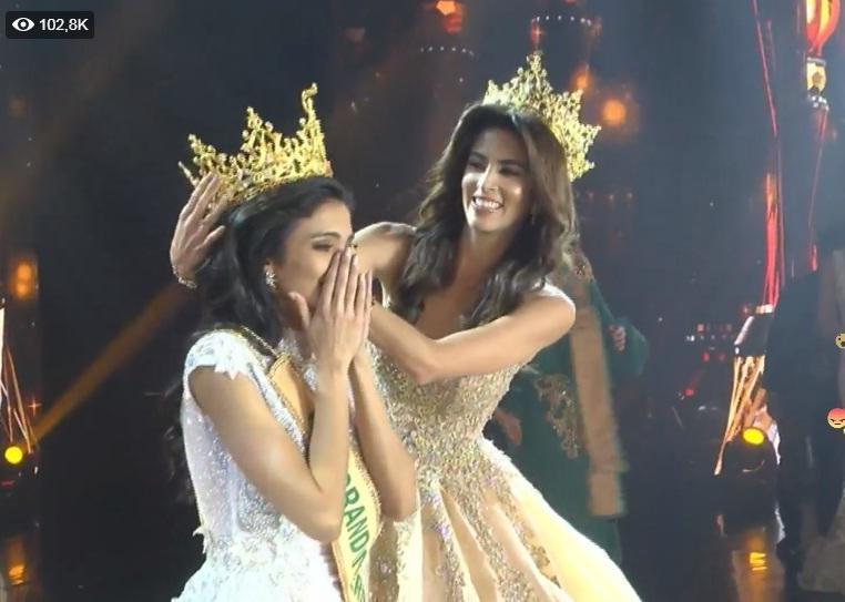 Được xướng tên cho ngôi hoa hậu, mỹ nữ Paraguay lăn đùng bất tỉnh nhân sự-5