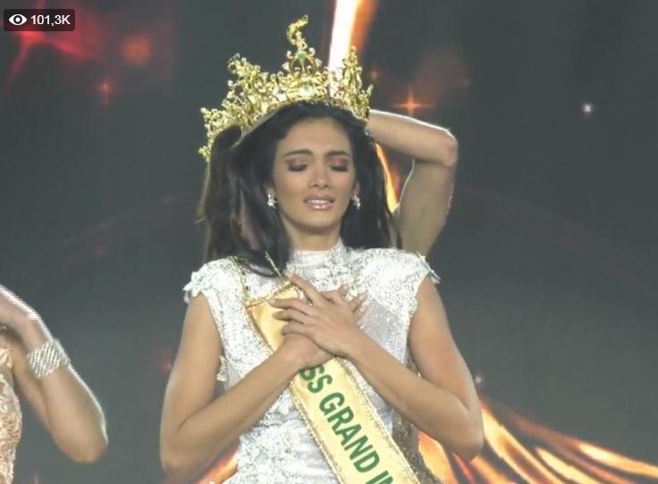 Được xướng tên cho ngôi hoa hậu, mỹ nữ Paraguay lăn đùng bất tỉnh nhân sự-3