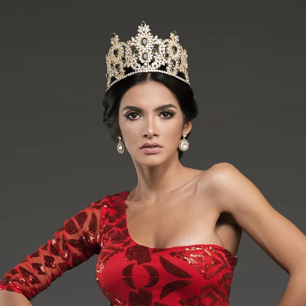 Dung nhan đẹp xuất sắc của Hoa hậu Hòa bình 2018 vừa được xướng tên đã lăn đùng bất tỉnh-4