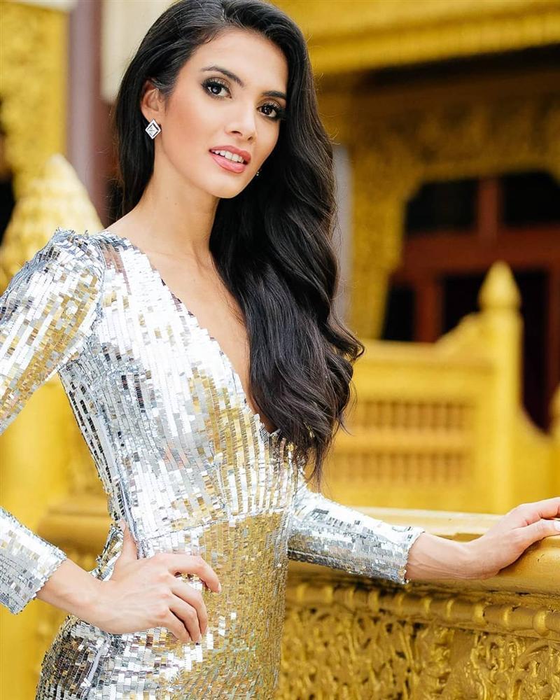 Dung nhan đẹp xuất sắc của Hoa hậu Hòa bình 2018 vừa được xướng tên đã lăn đùng bất tỉnh-7