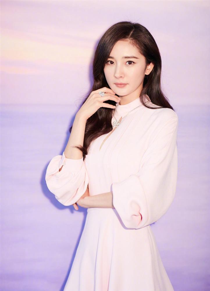 CÓ AI NGỜ: Phạm Băng Băng, Địch Lệ Nhiệt Ba và cả Triệu Vy cùng đứng đầu Top 10 sao nữ bị ghét nhất showbiz xứ Trung-6