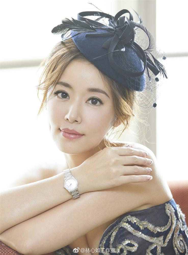 CÓ AI NGỜ: Phạm Băng Băng, Địch Lệ Nhiệt Ba và cả Triệu Vy cùng đứng đầu Top 10 sao nữ bị ghét nhất showbiz xứ Trung-8