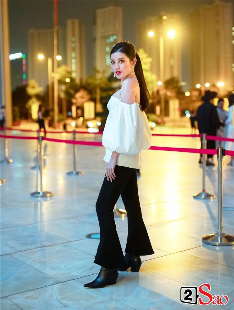 Thảm đỏ VIFW ngày cuối: Diệp Linh Châu váy xẻ hớ hênh - Hương Giang Idol làm cô bé mùa đông giữa trời thu-3