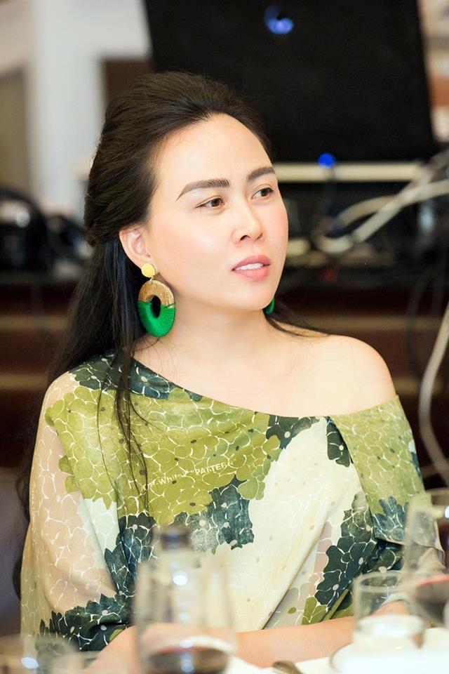 Chân dung người phụ nữ Quách Ngọc Ngoan công khai gọi là vợ-5