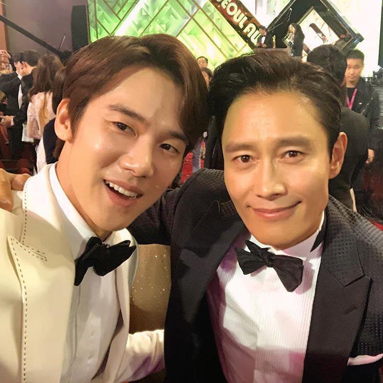 Cư dân mạng Hàn Quốc bình chọn nam diễn viên sở hữu kĩ năng hôn tuyệt nhất-4