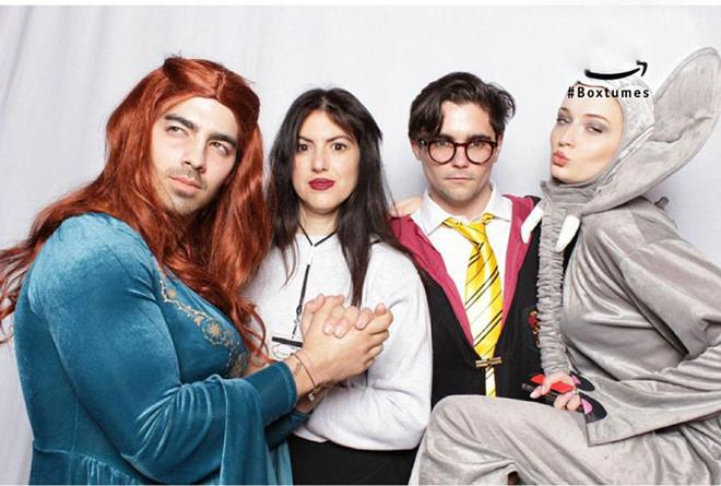 Dàn sao Hollywood hóa trang hài hước trong ngày Halloween-3