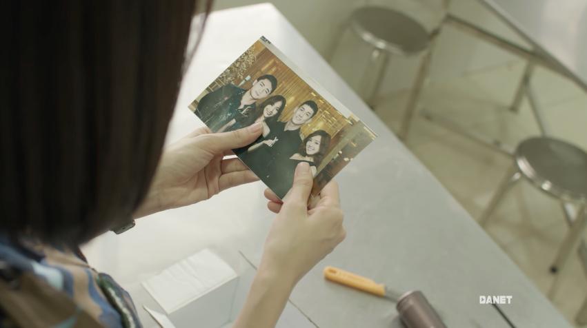 Song Luân và Hữu Vi tá hỏa khi bị người yêu phát hiện chụp ảnh với gái lạ-2