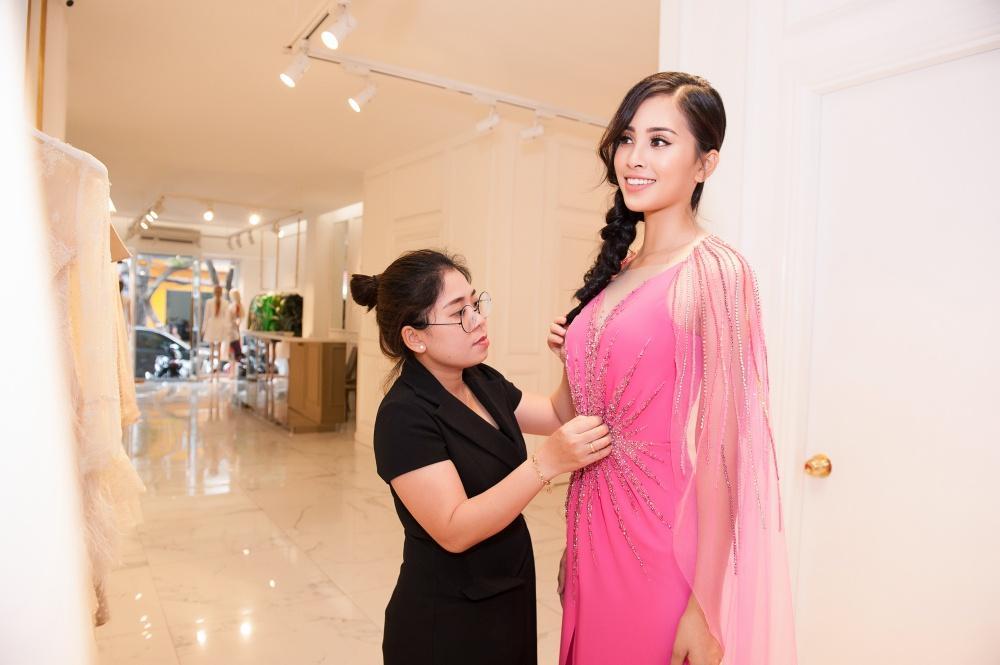 Để hút vận may tại Hoa hậu Thế giới 2018, Trần Tiểu Vy nên chọn đầm dạ hội màu gì mới thực sự hợp phong thủy?-8