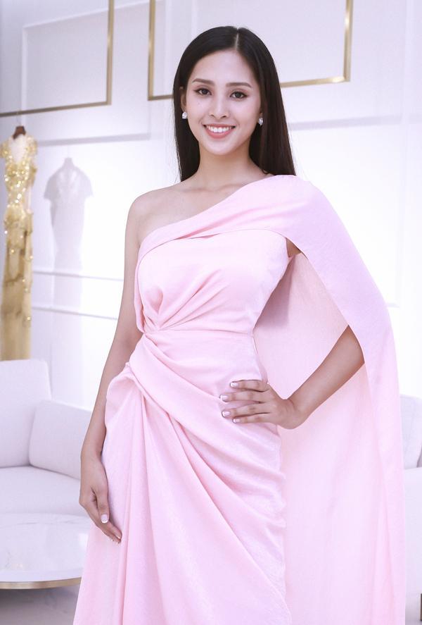 Để hút vận may tại Hoa hậu Thế giới 2018, Trần Tiểu Vy nên chọn đầm dạ hội màu gì mới thực sự hợp phong thủy?-10