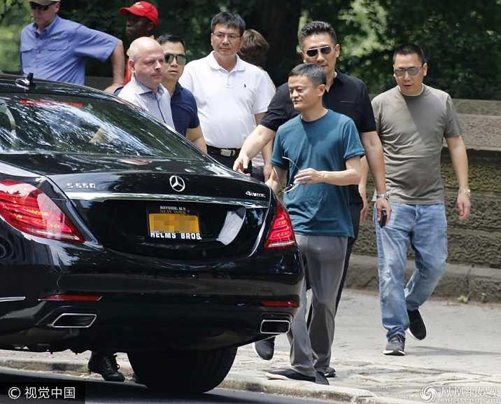 Cuộc đời lập nghiệp từ tay trắng của chồng tỷ phú Triệu Vy và những hố đen bê bối sản nghiệp kinh doanh-3