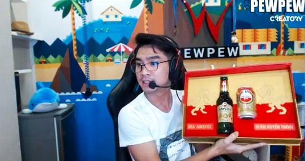 Hot streamer Pewpew bỗng được thanh niên Hà Lan tặng quà-6