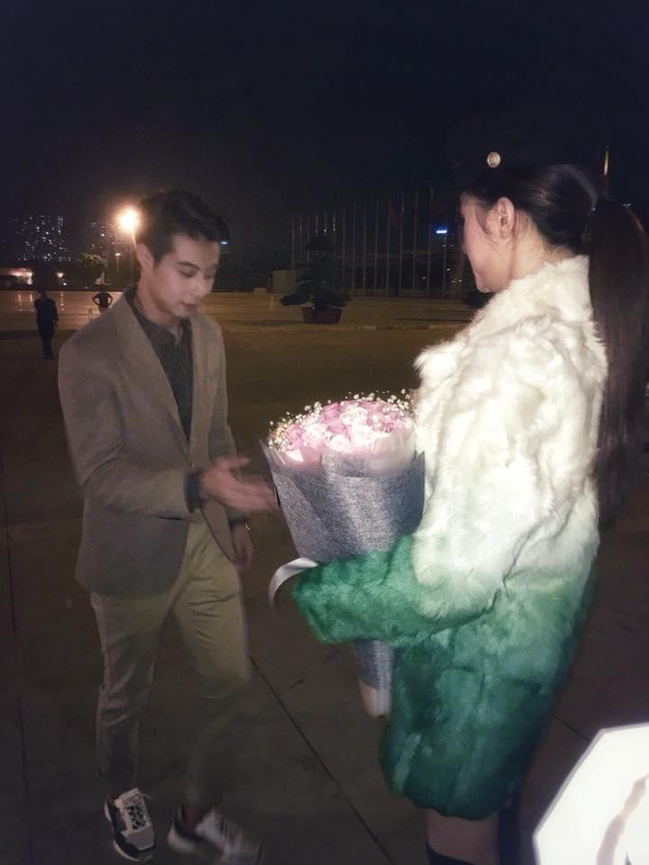 Hoa hậu Chuyển giới Hương Giang lên tiếng về bức ảnh được mỹ nam cầu hôn gây sốt mạng xã hội: Tội em-1