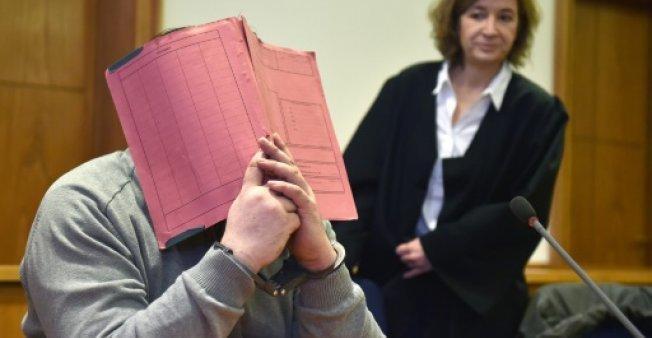 Đức: Tội ác kinh hoàng của y tá giết 100 bệnh nhân-1