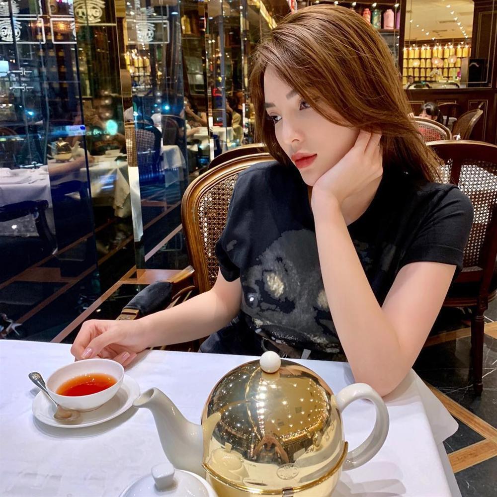 Ngồi bên đống tiền, Hoa hậu Diễm Hương than vãn cô đơn-5