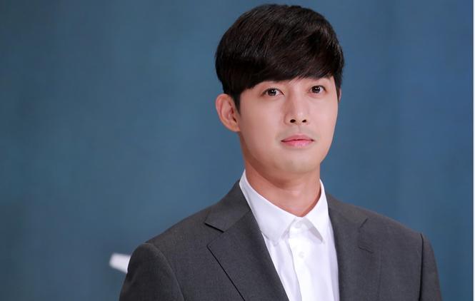 Sao nhí đình đám một thời Kim So Hyun thử sức với vai trò MC-3