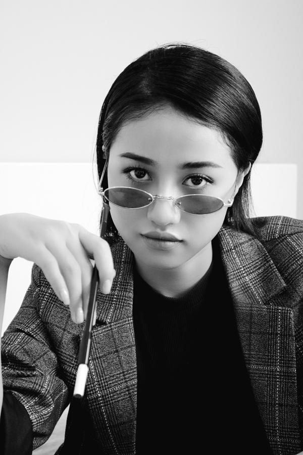 Kaity Nguyễn có một mùa Halloween đáng nhớ khi hóa thân thành Audrey Hepburn-4