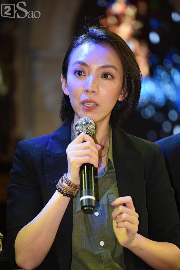 Chị Mười Ba Thu Trang phiên bản điện ảnh cai thuốc lá để tuân thủ quy định của Bộ văn hóa-8
