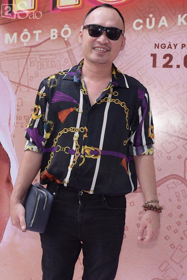 Chị Mười Ba Thu Trang phiên bản điện ảnh cai thuốc lá để tuân thủ quy định của Bộ văn hóa-4
