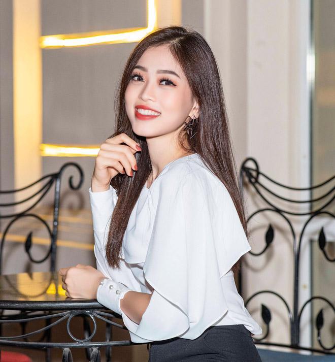 Á hậu Phương Nga ái ngại trước tin đồn yêu hot boy Phú Thọ-3