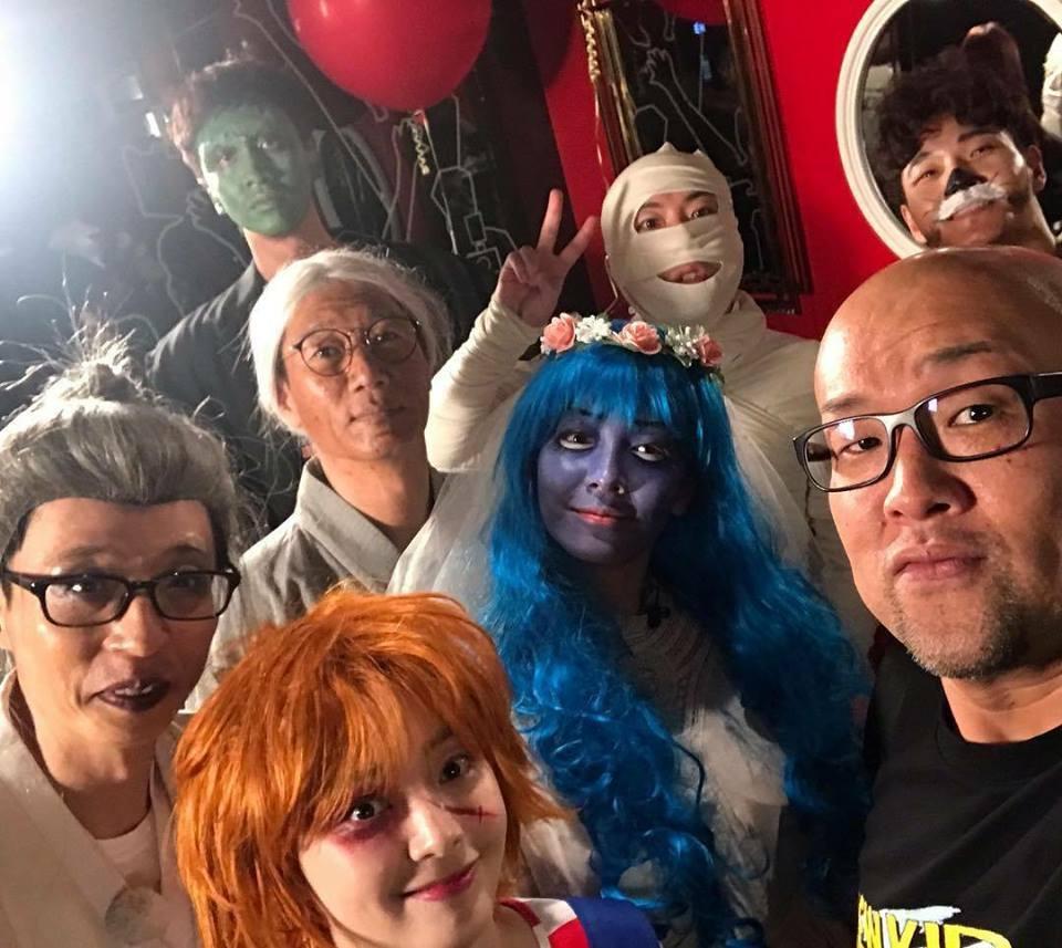 Mỹ nhân Hàn biến hình dịp Halloween: Mợ Ngố Song Ji Hyo cực chất, TWICE khiến khán giả hết hồn-1