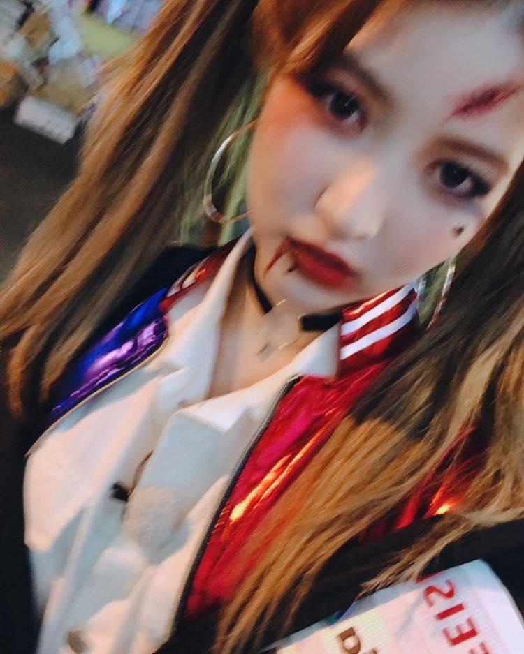 Mỹ nhân Hàn biến hình dịp Halloween: Mợ Ngố Song Ji Hyo cực chất, TWICE khiến khán giả hết hồn-3