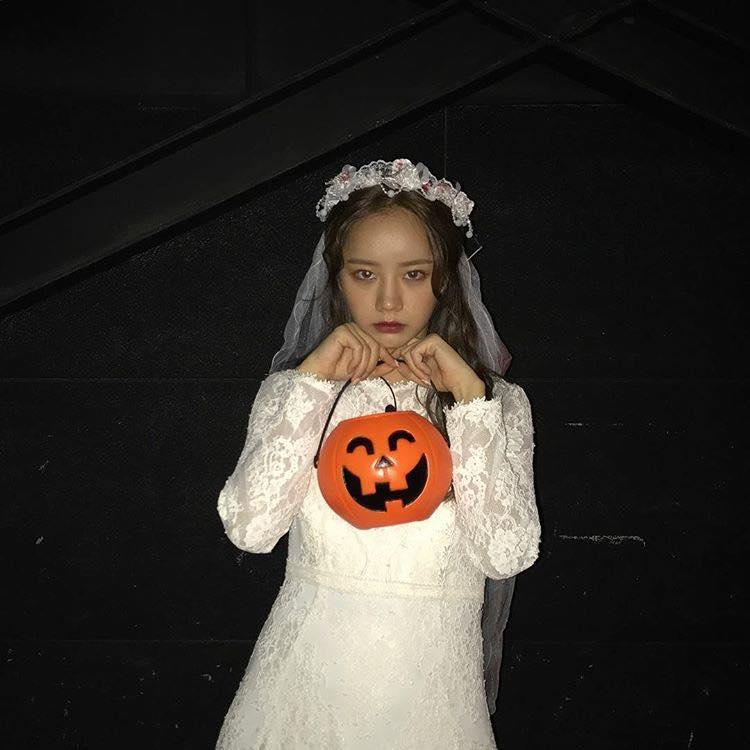 Mỹ nhân Hàn biến hình dịp Halloween: Mợ Ngố Song Ji Hyo cực chất, TWICE khiến khán giả hết hồn-6