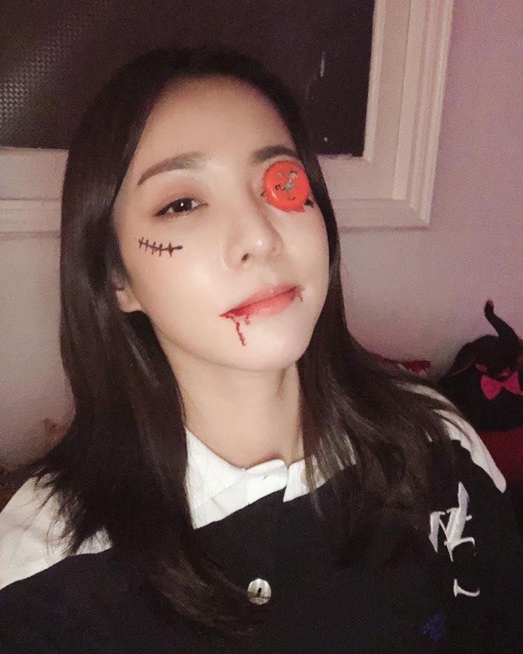 Mỹ nhân Hàn biến hình dịp Halloween: Mợ Ngố Song Ji Hyo cực chất, TWICE khiến khán giả hết hồn-13