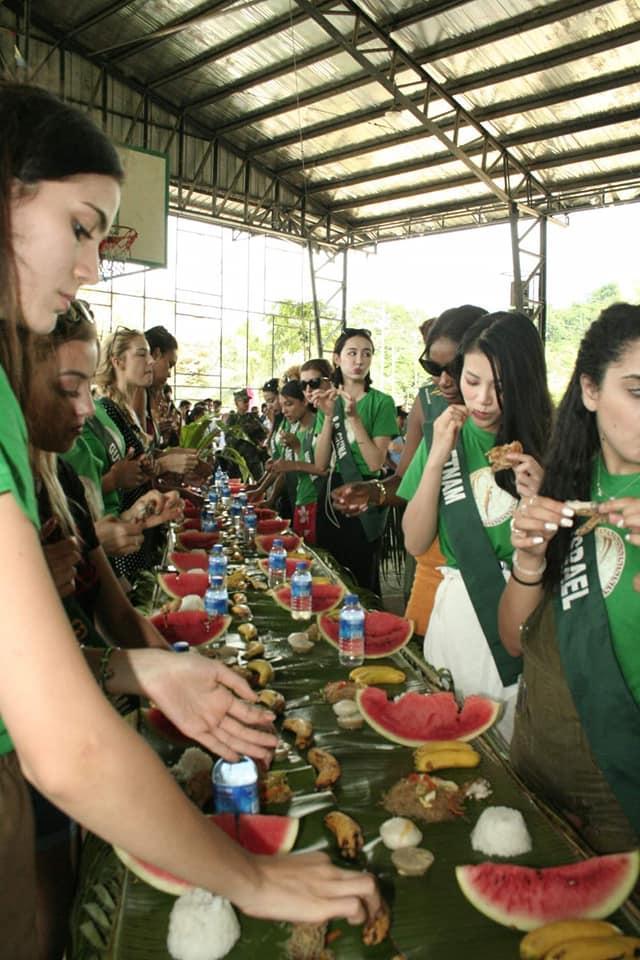 TIN ĐƯỢC KHÔNG: Thí sinh dự thi Hoa hậu Trái Đất mà ăn uống bốc tay phát gớm chẳng khác nào dân tị nạn-6