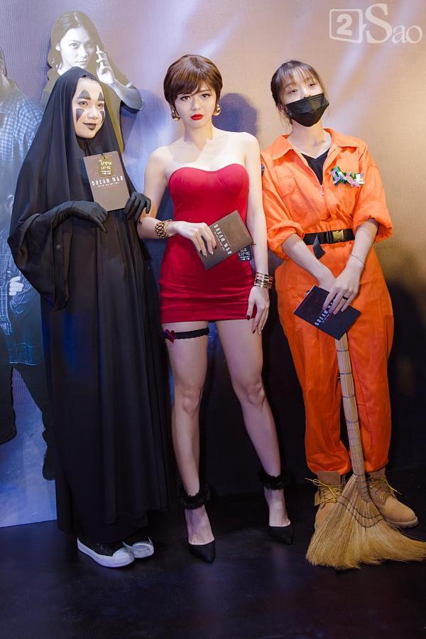 Em trai Thanh Duy chiếm trọn spotlight khi hóa trang kinh dị đến dự ra mắt phim Dream Man-11