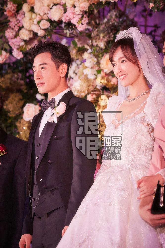 Trọn bộ ảnh đẹp như cổ tích trong hôn lễ Đường Yên - La Tấn-1