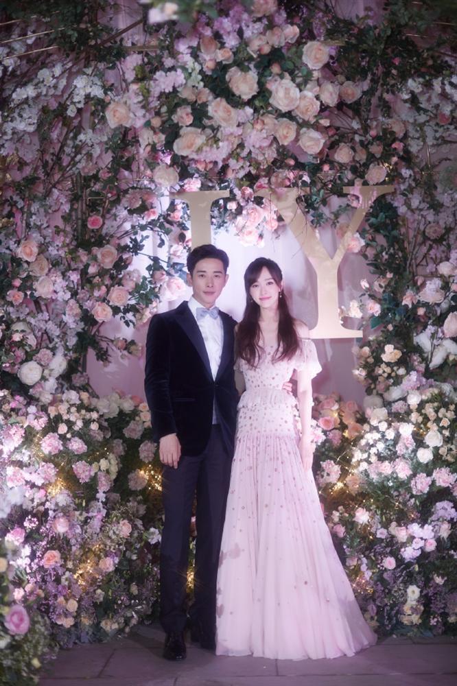 Trọn bộ ảnh đẹp như cổ tích trong hôn lễ Đường Yên - La Tấn-4