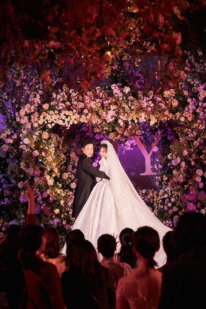 Trọn bộ ảnh đẹp như cổ tích trong hôn lễ Đường Yên - La Tấn-8
