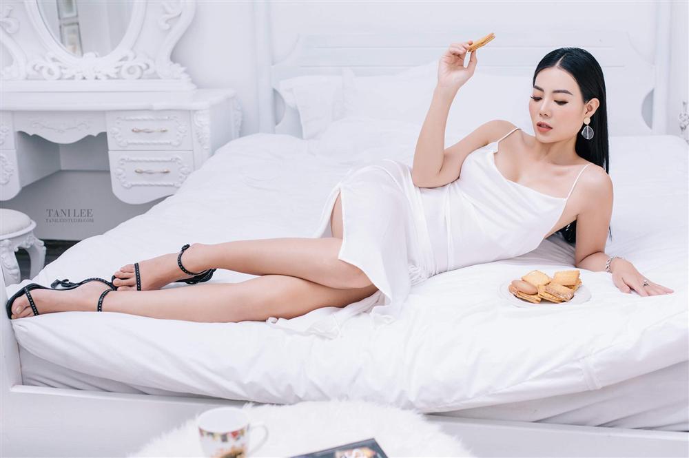 Để gỡ lại bộ dạng thê thảm của Lan Cave trên phim, Thanh Hương tung liền 2 bộ ảnh đẹp nín thở-8