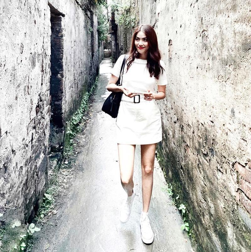 Huyền Baby hóa kiều nữ nóng bỏng bên đại gia Hạnh Sino nổi bật nhất STREET STYLE tuần qua-8