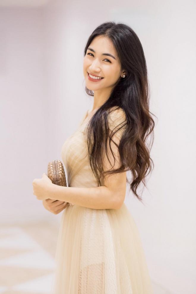 Sau 3 ngày phẫu thuật dạ dày, Hòa Minzy xuất hiện nhợt nhạt trong hình ảnh được bạn trai đăng tải-2