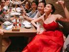 Hồ Ngọc Hà lộ rõ 'bản chất' khi đi ăn uống cùng fan
