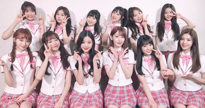 Nhóm nhạc 12 hot girl chào sân Kpop với thành tích ấn tượng-8
