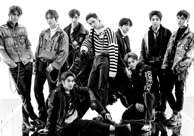 EXO đánh bại BTS, khẳng định vị thế ông hoàng album tại quê nhà-1