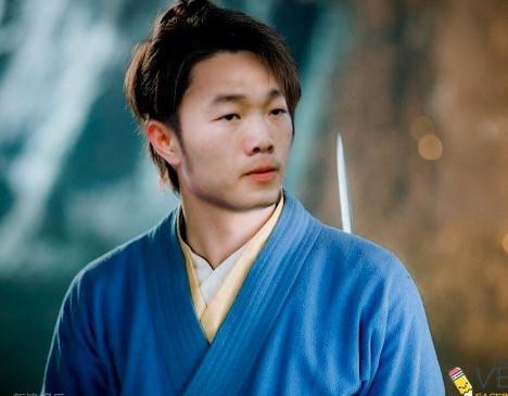 Ảnh chế cầu thủ Việt Nam trở thành nhân vật trong truyện Kim Dung-5