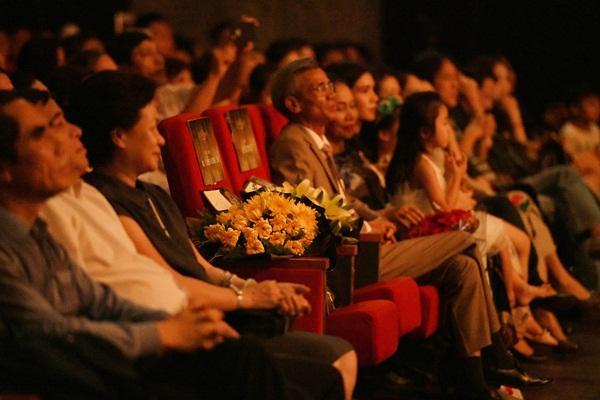 Xúc động trước một Phạm Phương Thảo nặng ân tình: Dành 2 ghế trống trong liveshow để tưởng nhớ người thầy quá cố-2