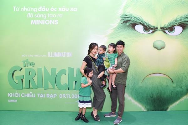 Vợ chồng Lý Hải cùng dàn sao Việt rạng rỡ trong sự kiện ra mắt siêu phẩm hoạt hình The Grinch-1