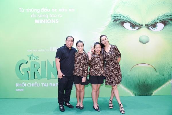Vợ chồng Lý Hải cùng dàn sao Việt rạng rỡ trong sự kiện ra mắt siêu phẩm hoạt hình The Grinch-7