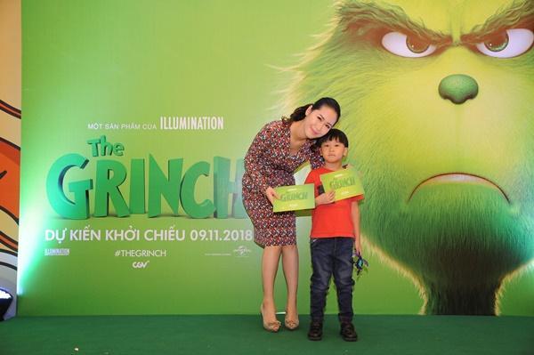 Vợ chồng Lý Hải cùng dàn sao Việt rạng rỡ trong sự kiện ra mắt siêu phẩm hoạt hình The Grinch-6