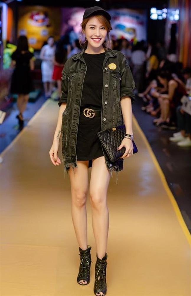 Quế Vân mê món thời trang ai cũng có thể mua được-2
