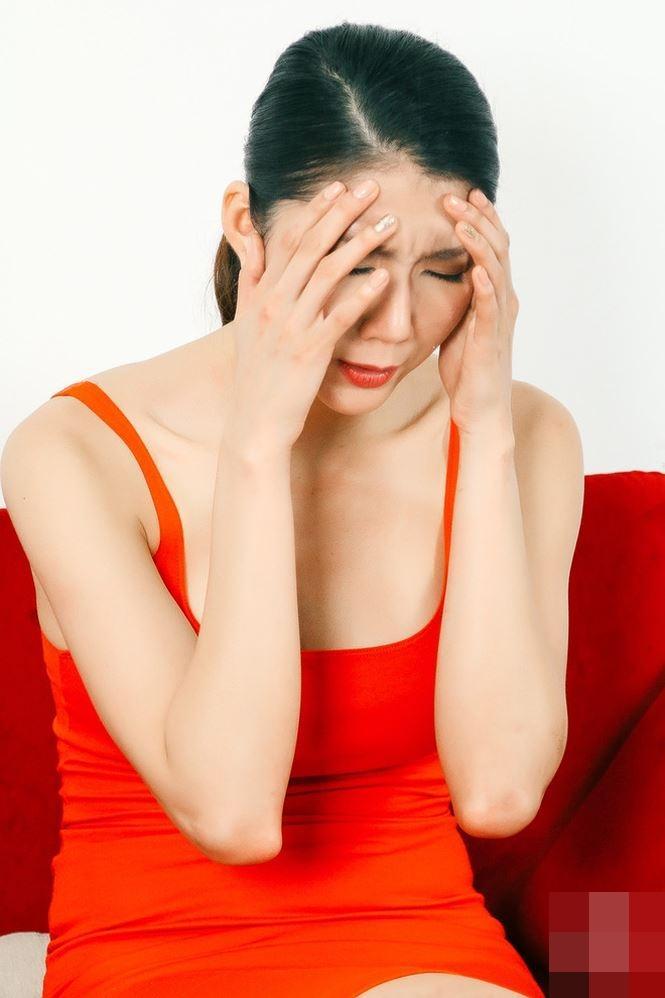 HỒ SƠ SAO Ngọc Quyên: Xưa là siêu mẫu tai tiếng từng vài lần tự tử, giờ làm mẹ đơn thân chỉ vì yêu dại khờ-12