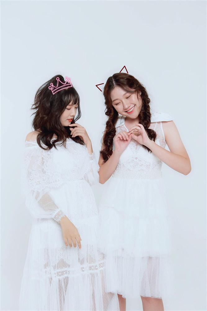 Hari Won cùng 2 cô em gái ruột của mình và Trấn Thành tạo thành Gia đình Mén-2